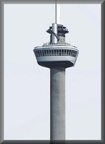 Hotelzimmer in 100 m Höhe mit grandiosem Ausblick auf Rotterdam